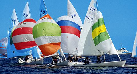 Segelwettbewerb auf der Kieler Förde