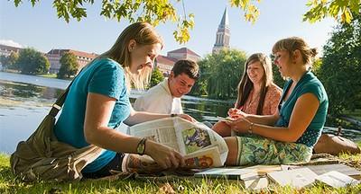 Studierende am Kleinen Kiel
